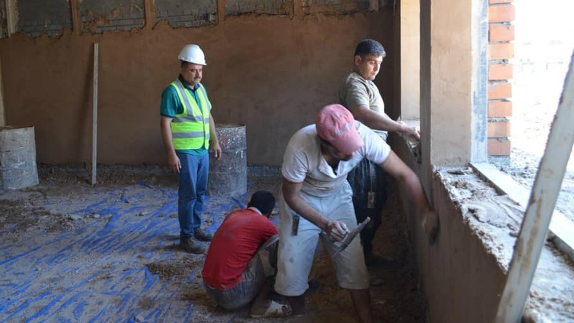 وزارة الإسكان تدرس مع البنك الدولي تمويل إعادة إعمار آلاف الوحدات السكنية