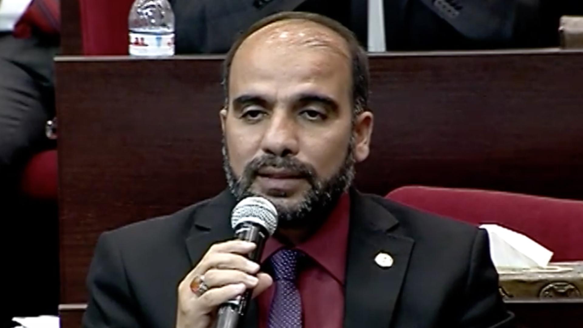 عضو لجنة التعليم النيابية ينتقد إجراءات وزارة التربية لمنع الغش في الامتحانات
