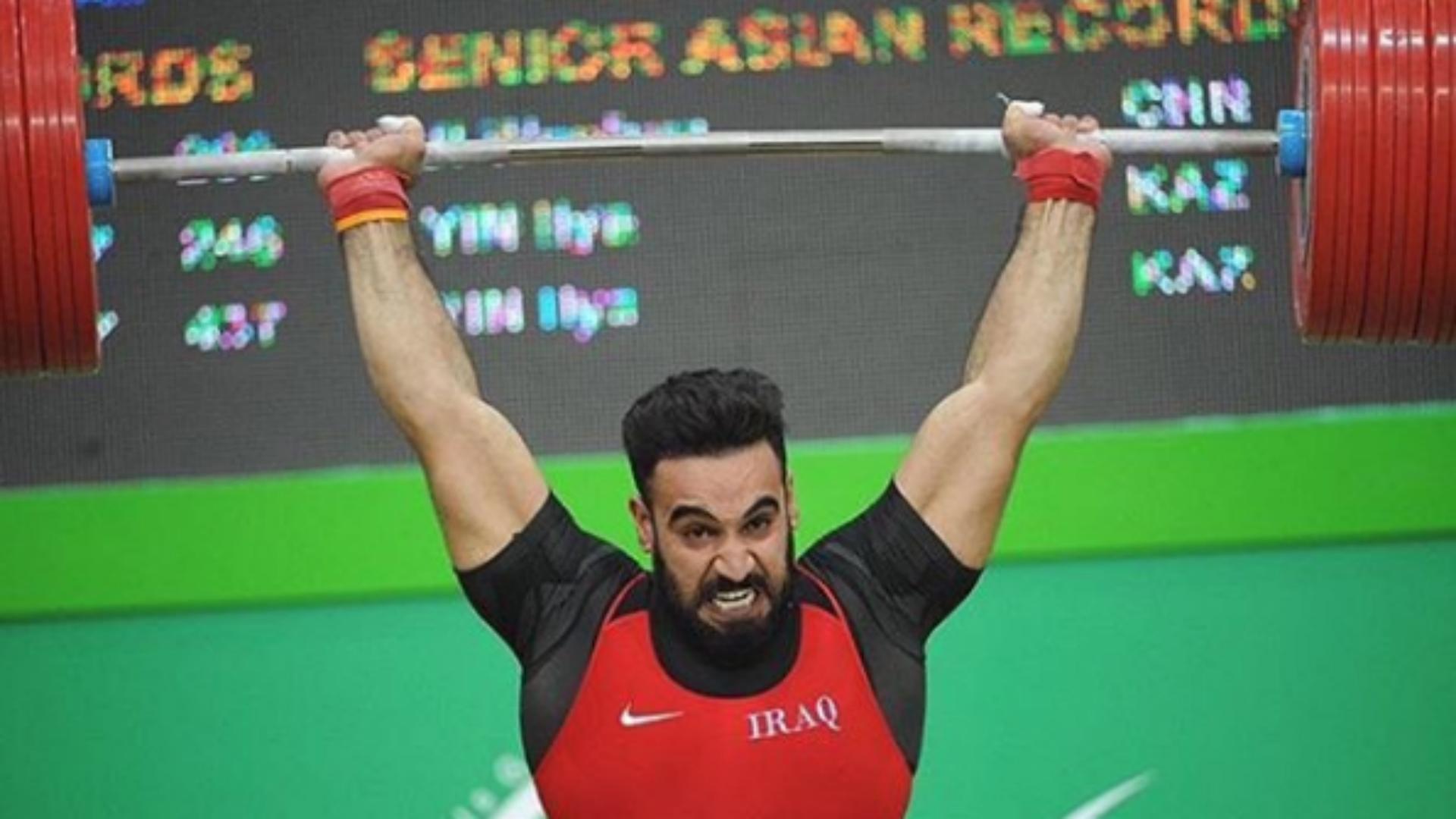 وزير الرياضة يتدخل لمساعدة بطل المنتخب العراقي لرفع الأثقال