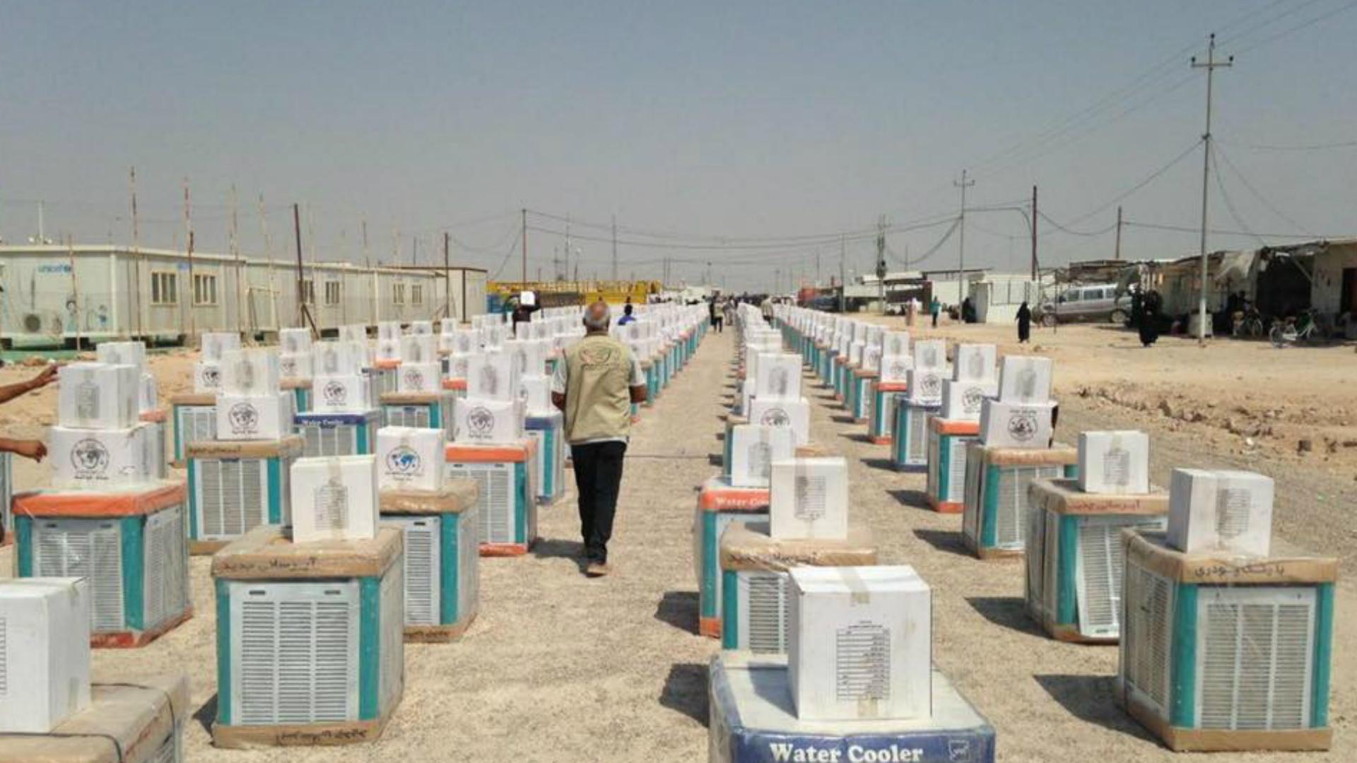 توزيع أكثر من 25 ألف حصة إغاثية على الأسر النازحة في الأنبار وديالى