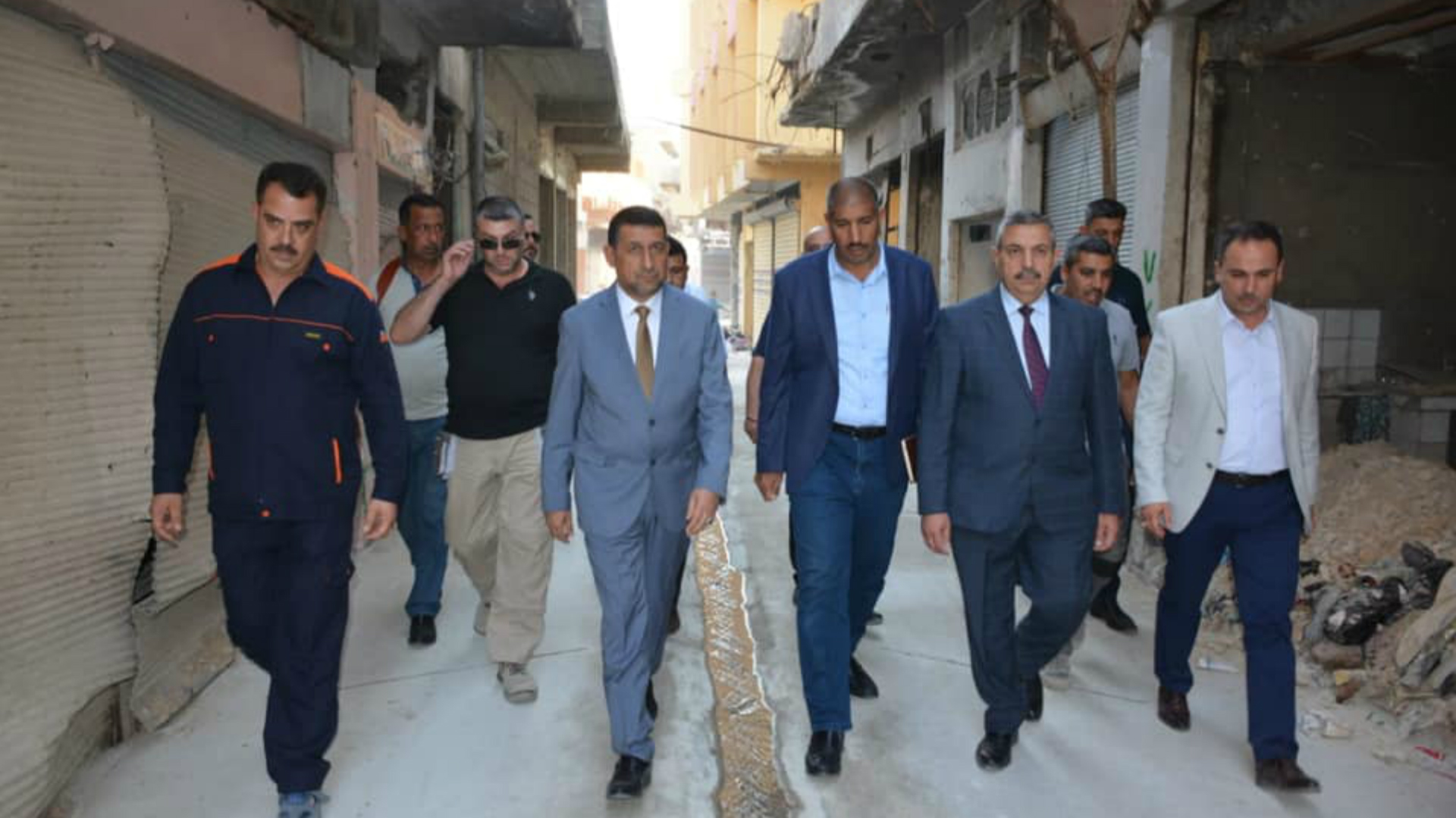 محافظ نينوى يدعو الشباب إلى أخذ زمام المبادرة وطرح مشاريع تنموية وإصلاحية