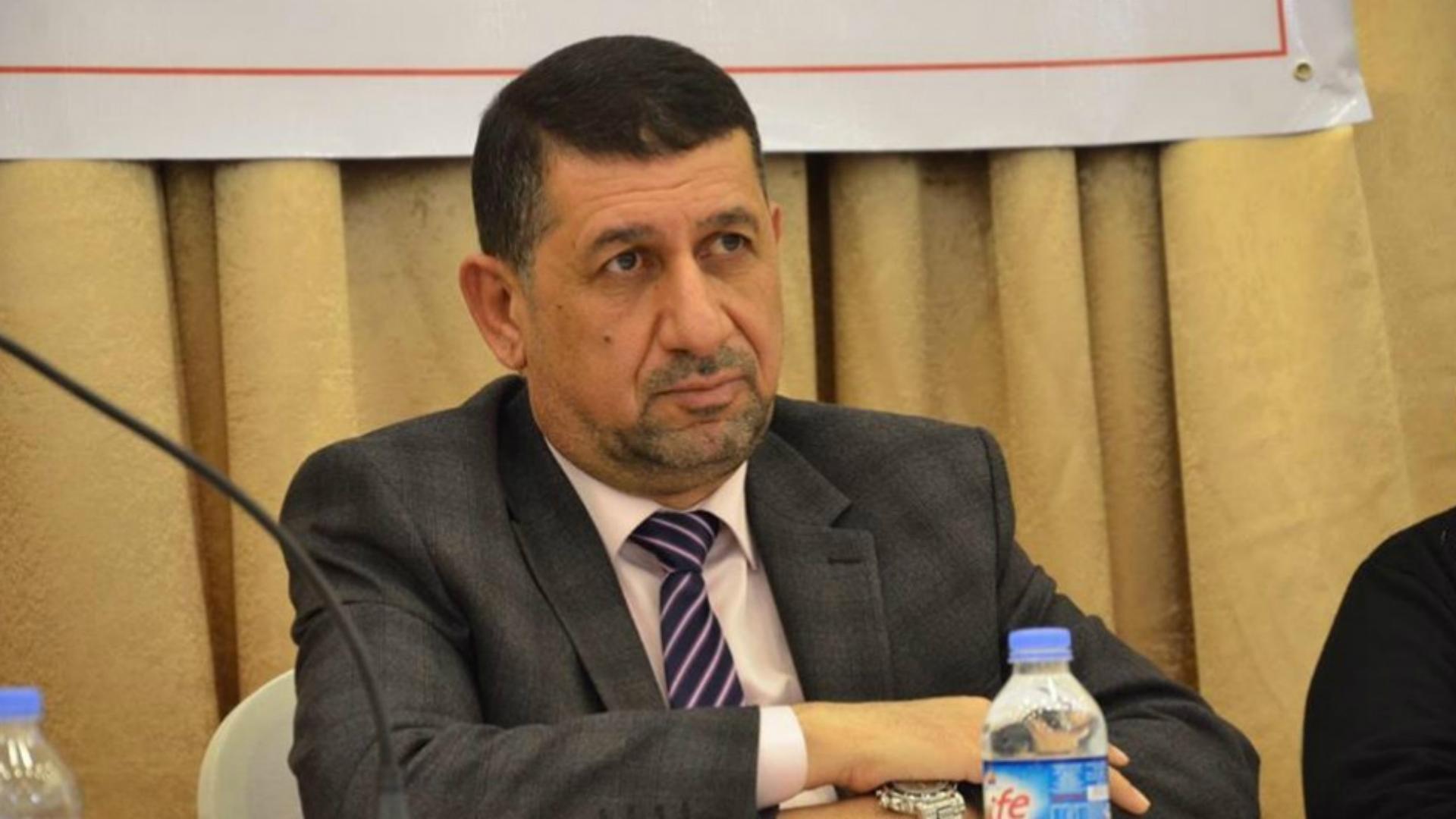 محافظ نينوى يهدد المقاولين المتلكئين بالحبس