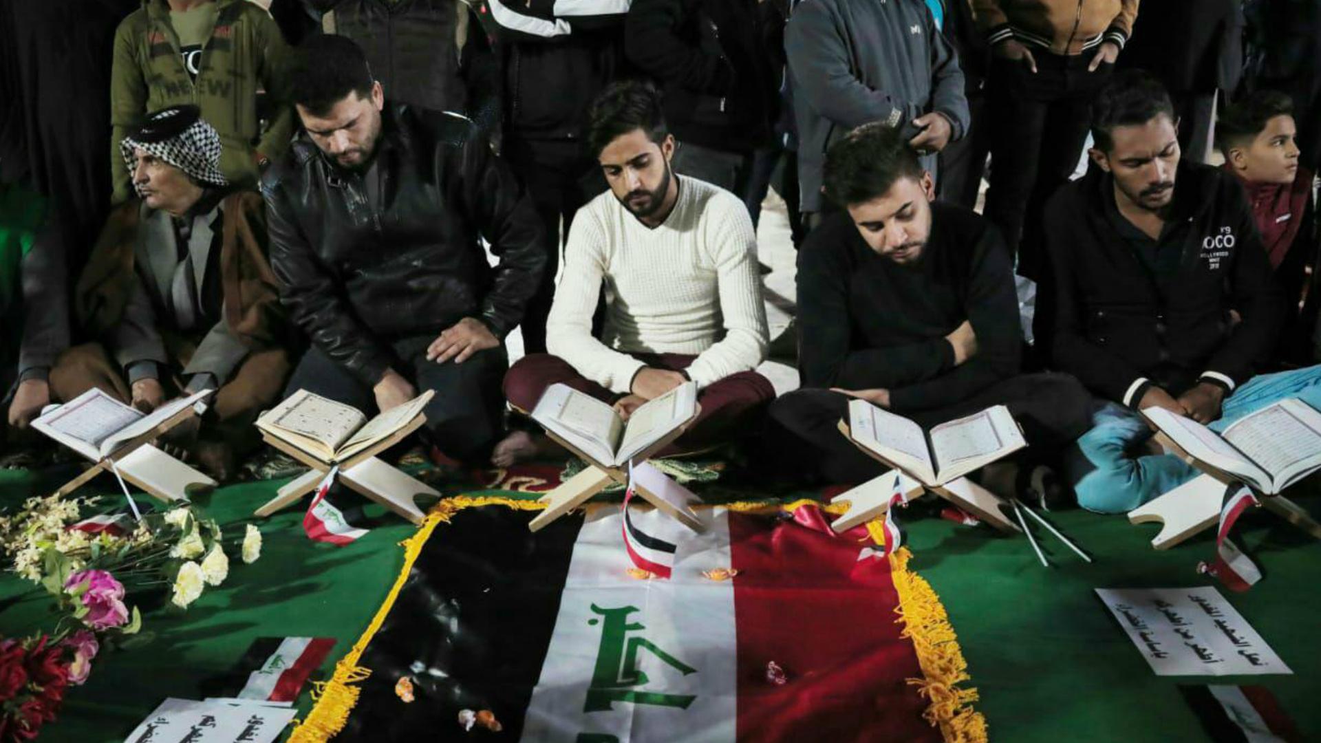 مقبرة رمزية في كربلاء لاستذكار شهداء التظاهرات