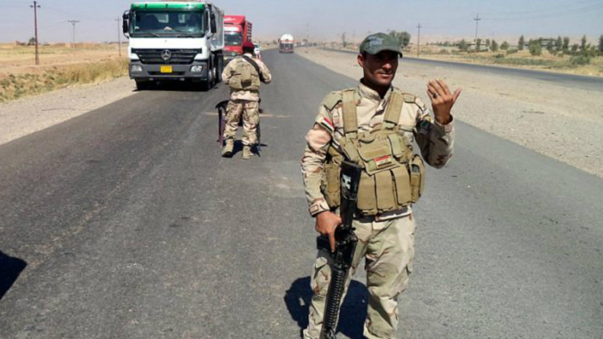 أعلنت خلية الإعلام الأمني الأربعاء، إصابة خمسة مواطنين بانفجار عبوة داخل عجلة وسط بغداد