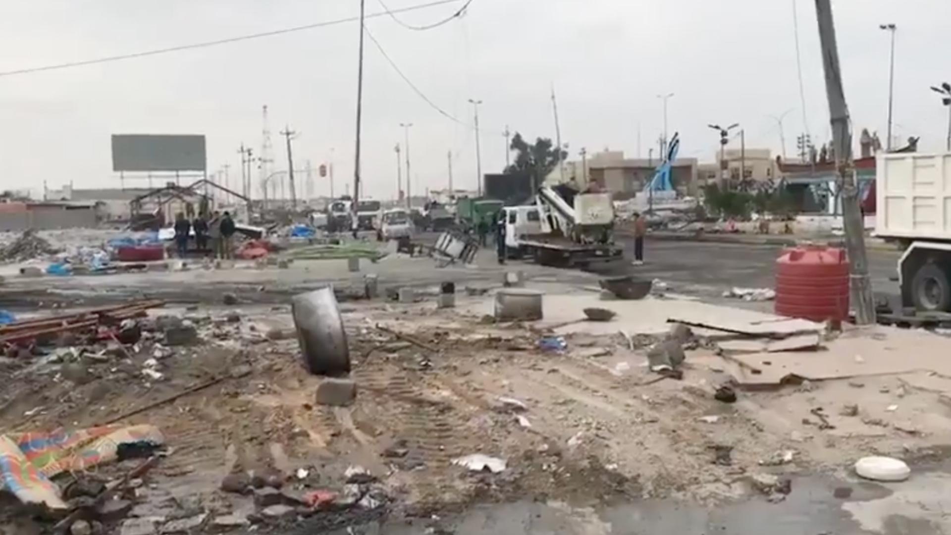 حرق خيام المعتصمين في البصرة