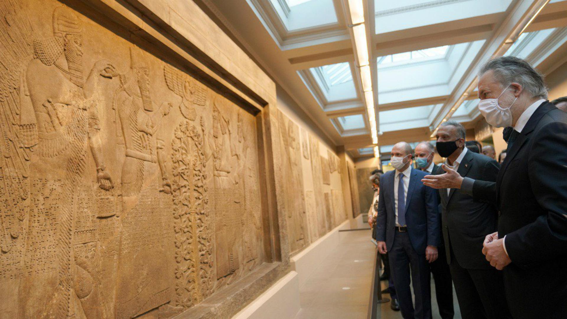 المتحف البريطاني: زيارة الكاظمي استعادت آلاف القطع الأثرية