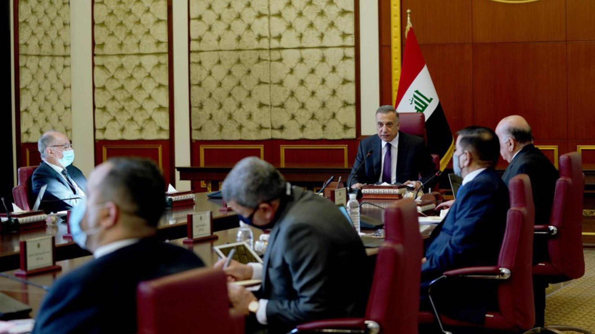 الكاظمي لوزراء حكومته: لا تكرروا أخطاء الحكومات السابقة