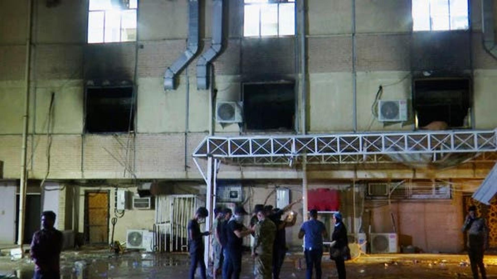 إحالة وزير الصحة ومحافظ بغداد ومدير صحة الرصافة إلى التحقيق بعد حريق ابن الخطيب