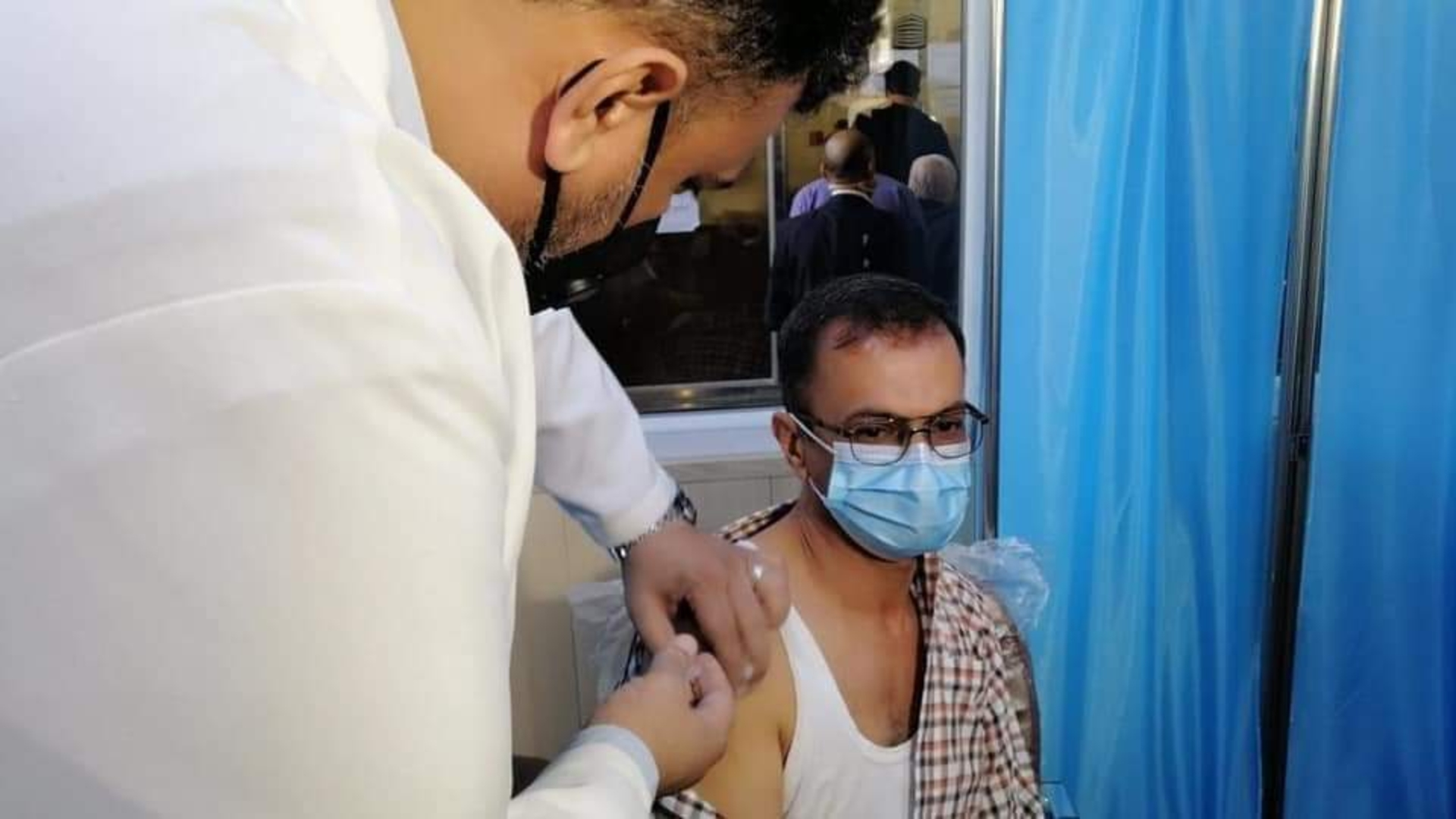 وزارة الصحة تحث المواطنين على التلقيح ضد كورونا